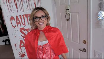 Halloween Stepsister Hammering - Katie Kush
